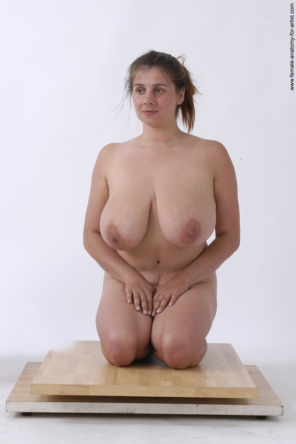 Females posing nude on knees pity