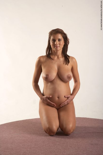 sexy nude pregnant poses