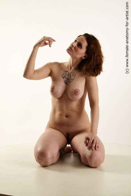 Females posing nude on knees phrase congratulate