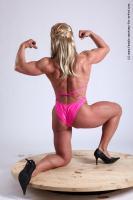 Photo Reference of alana kneeling pose 20