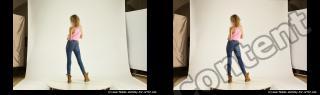 Photo Reference of stereoscopic shenika pose 620